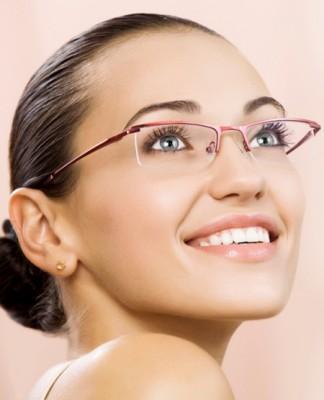 Có nên đeo kính sau nâng mũi s-line 2 lớp