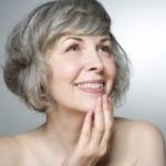 Xóa tan nỗi lo nâng mũi về già có biến chứng không
