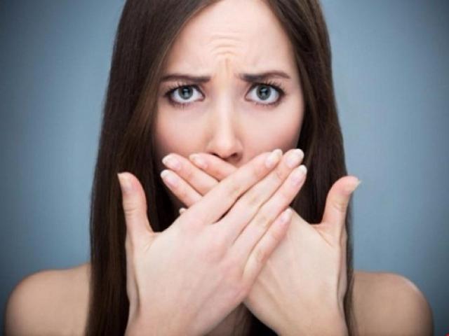 Một số ý kiến khác cho rằng ăn gỉ mũi mất vệ sinh