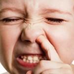 Chuyện lạ: Ăn gỉ mũi có tốt cho sức khỏe?
